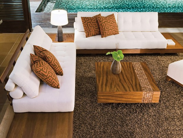 Adriana hoyos contemporary african collection homafrica for African american furniture designers